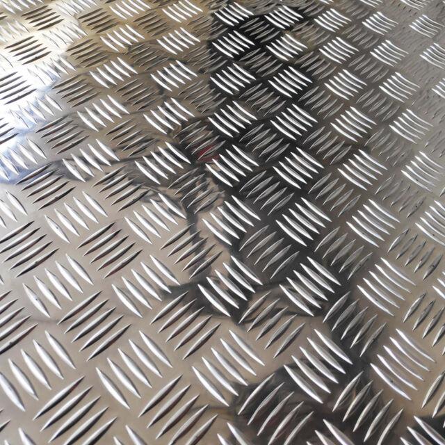 lamiera-alluminio-mandorlata